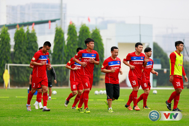 ẢNH: ĐT Việt Nam tích cực luyện tập chờ ngày tái đấu ĐT Afghanistan - Ảnh 22.
