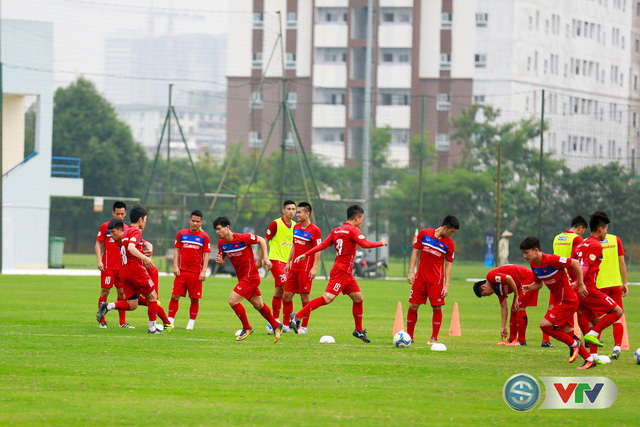 ẢNH: ĐT Việt Nam tích cực luyện tập chờ ngày tái đấu ĐT Afghanistan - Ảnh 21.