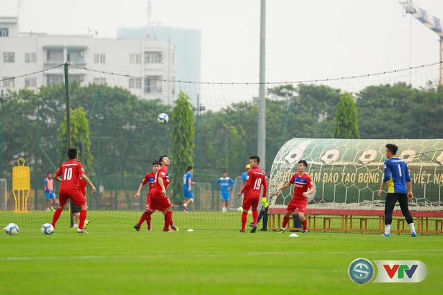 ẢNH: ĐT Việt Nam tích cực luyện tập chờ ngày tái đấu ĐT Afghanistan - Ảnh 32.
