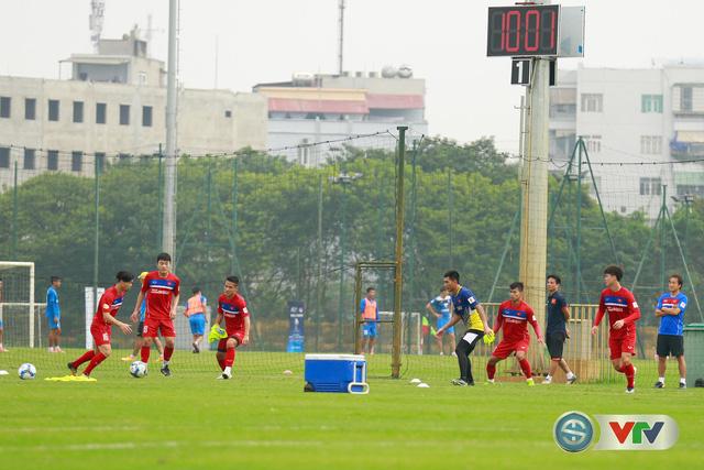 ẢNH: ĐT Việt Nam tích cực luyện tập chờ ngày tái đấu ĐT Afghanistan - Ảnh 30.