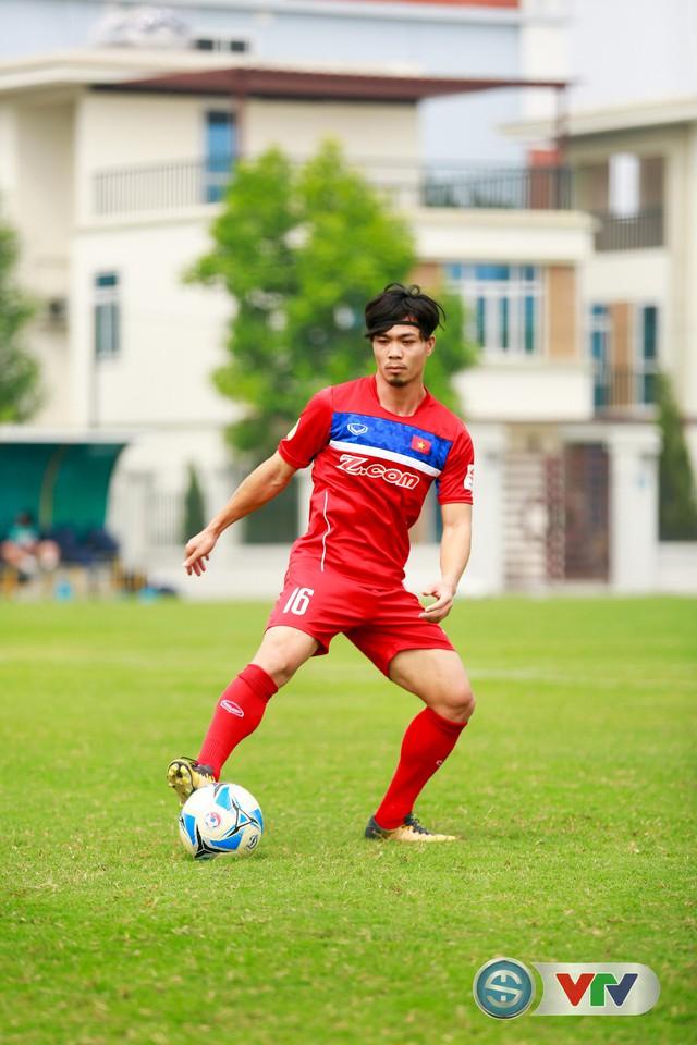 ẢNH: ĐT Việt Nam tích cực luyện tập chờ ngày tái đấu ĐT Afghanistan - Ảnh 27.