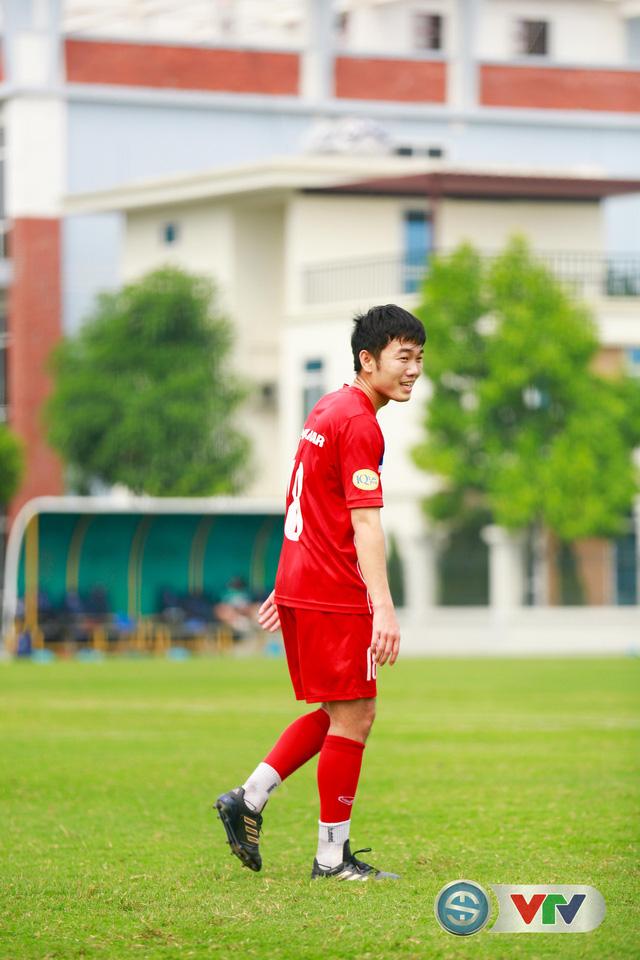 ẢNH: ĐT Việt Nam tích cực luyện tập chờ ngày tái đấu ĐT Afghanistan - Ảnh 35.