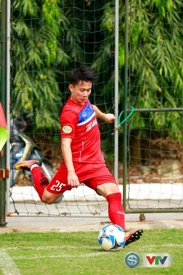 ẢNH: ĐT Việt Nam tích cực luyện tập chờ ngày tái đấu ĐT Afghanistan - Ảnh 40.