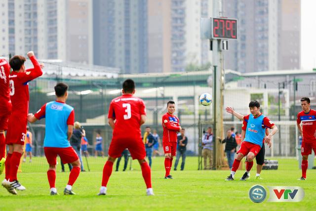 ẢNH: ĐT Việt Nam tích cực luyện tập chờ ngày tái đấu ĐT Afghanistan - Ảnh 44.
