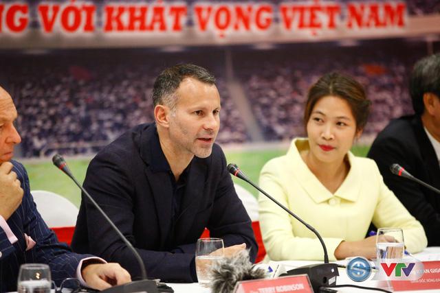 ẢNH: Cận cảnh Trung tâm đào tạo bóng đá trẻ PVF của tân Giám đốc Ryan Giggs - Ảnh 17.