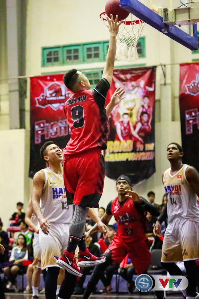 ẢNH: Thang Long Warriors giành lợi thế trước Hanoi Buffaloes - Ảnh 9.