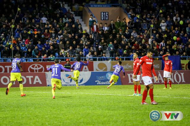 ẢNH: CLB Hà Nội đánh rơi chức vô địch trên sân Cẩm Phả - Ảnh 3.