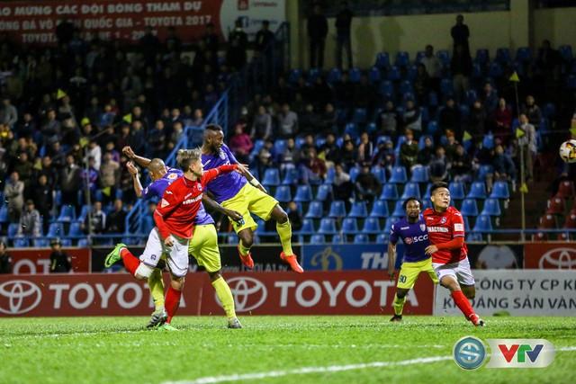 ẢNH: CLB Hà Nội đánh rơi chức vô địch trên sân Cẩm Phả - Ảnh 11.