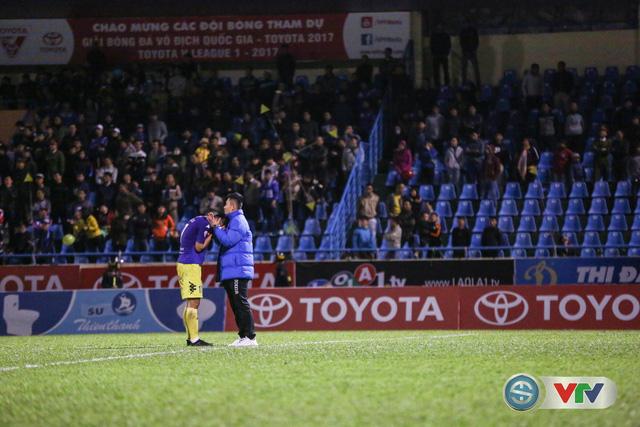 ẢNH: CLB Hà Nội đánh rơi chức vô địch trên sân Cẩm Phả - Ảnh 16.