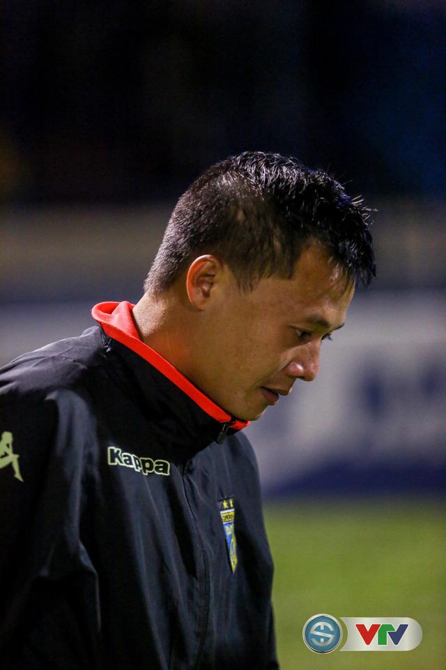 ẢNH: CLB Hà Nội đánh rơi chức vô địch trên sân Cẩm Phả - Ảnh 17.