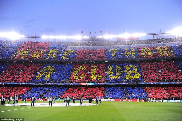 Chùm ảnh: Các cầu thủ Barcelona gục ngã nhìn Juventus vào bán kết - Ảnh 1.