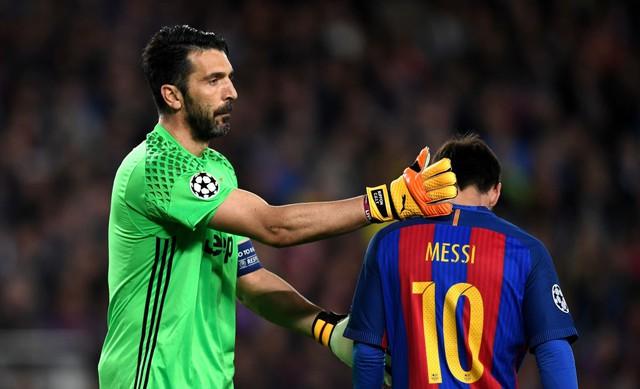 Chùm ảnh: Các cầu thủ Barcelona gục ngã nhìn Juventus vào bán kết - Ảnh 8.