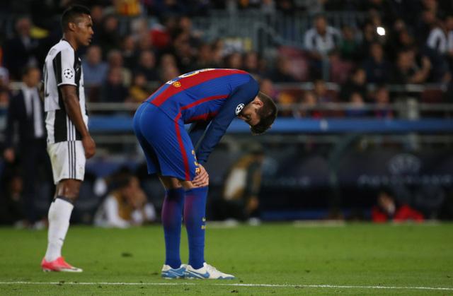 Chùm ảnh: Các cầu thủ Barcelona gục ngã nhìn Juventus vào bán kết - Ảnh 4.