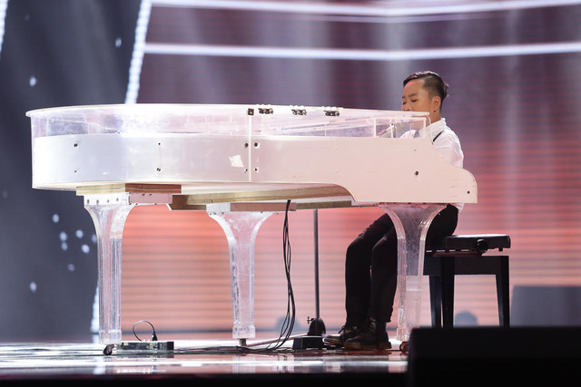 Giọng hát Việt nhí: Soobin Hoàng Sơn được đặt lên bàn cân với G-Dragon - ảnh 1