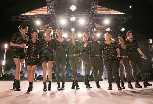 Pitch Perfect 3 tung trailer đầy bất ngờ, nhóm Bellas vừa tái hợp đã đứng trước nguy cơ tan vỡ  - Ảnh 2.
