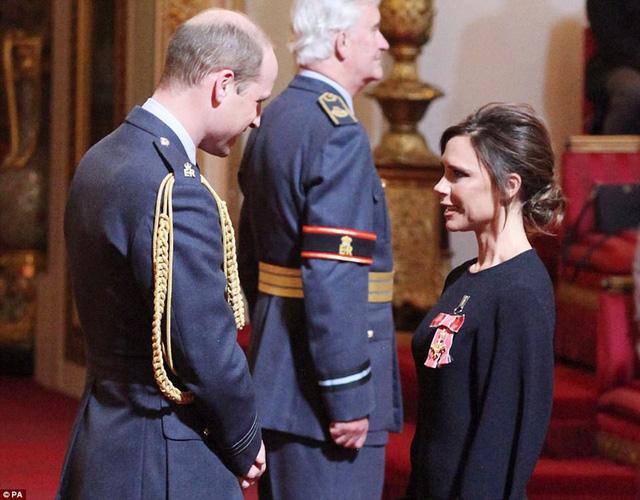 Nịnh vợ như David Beckham - Ảnh 1.