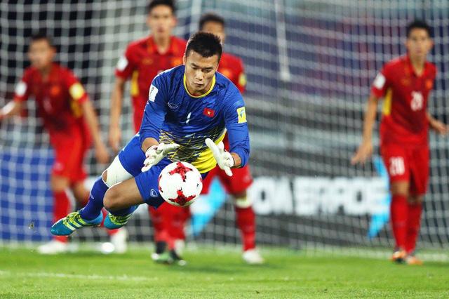 Fox Sport châu Á: Bùi Tiến Dũng là một trong 3 thủ môn được yêu thích nhất Đông Nam Á - Ảnh 1.