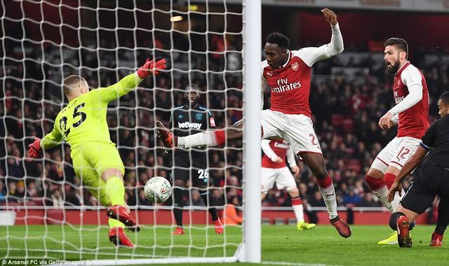 Kết quả bóng đá sáng 20/12: Arsenal, Manchester City thẳng tiến vào bán kết cúp Liên đoàn Anh - Ảnh 2.