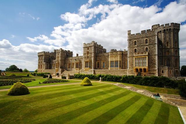 Lâu đài cổ - Một trong những nét đặc trưng của du lịch châu Âu - Ảnh 15.