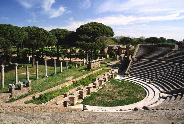 Đến Italy, du khách không thể bỏ qua những nơi này - Ảnh 6.
