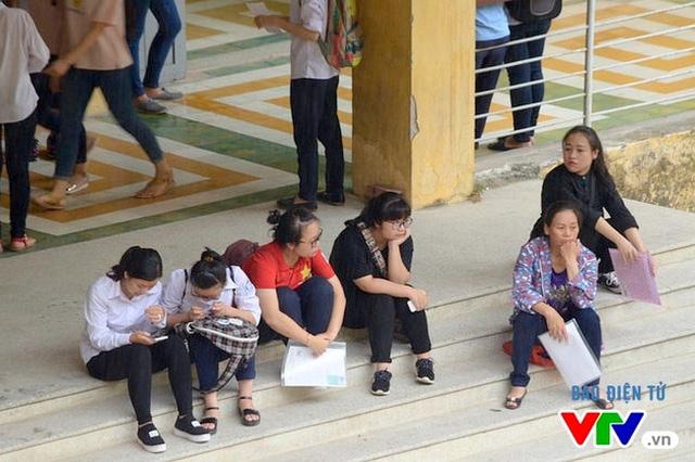 Bộ Giáo dục và Đào tạo lưu ý thí sinh về việc điều chỉnh nguyện vọng tuyển sinh đại học - Ảnh 2.