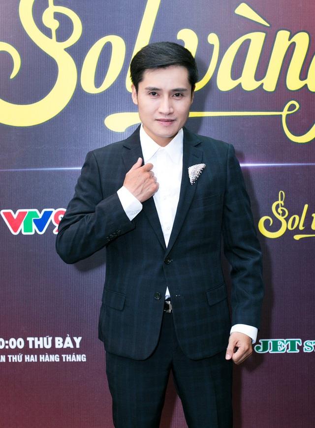 Cựu thành viên Mắt Ngọc khoe vẻ đẹp duyên dáng ở hậu trường Sol Vàng - ảnh 6