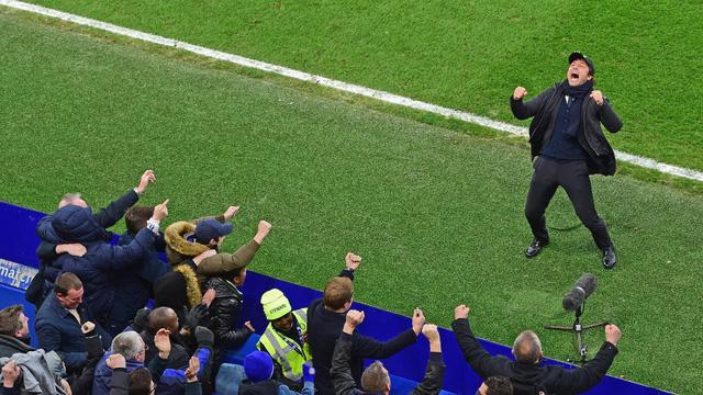 ẢNH: Conte sắp làm nên lịch sử tại Ngoại hạng Anh nếu chiến thắng Leicester - Ảnh 1.