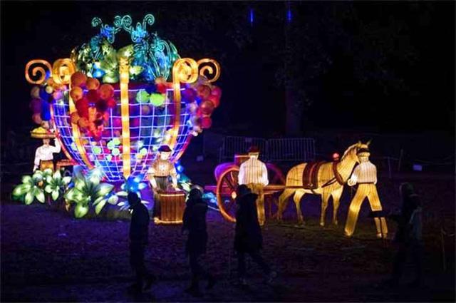 Rực rỡ triển lãm đèn lồng ở Pháp - Ảnh 2.