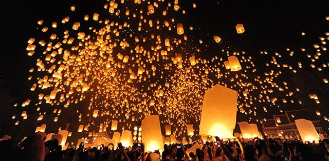 Những khoảnh khắc ấn tượng ở các lễ hội trên thế giới - Ảnh 3.