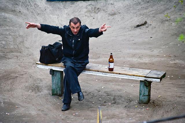 Nhiếp ảnh gia 10 năm chỉ chụp 1 chiếc ghế băng công viên - Ảnh 6.