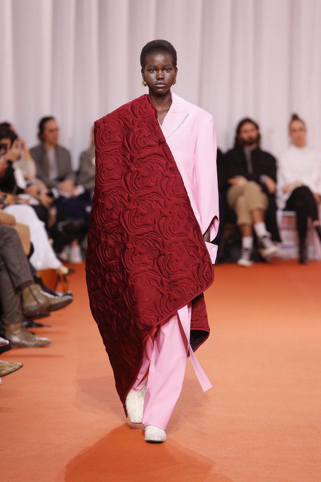 Những thiết kế độc nhất vô nhị tại Tuần lễ thời trang cao cấp Paris - Ảnh 13.