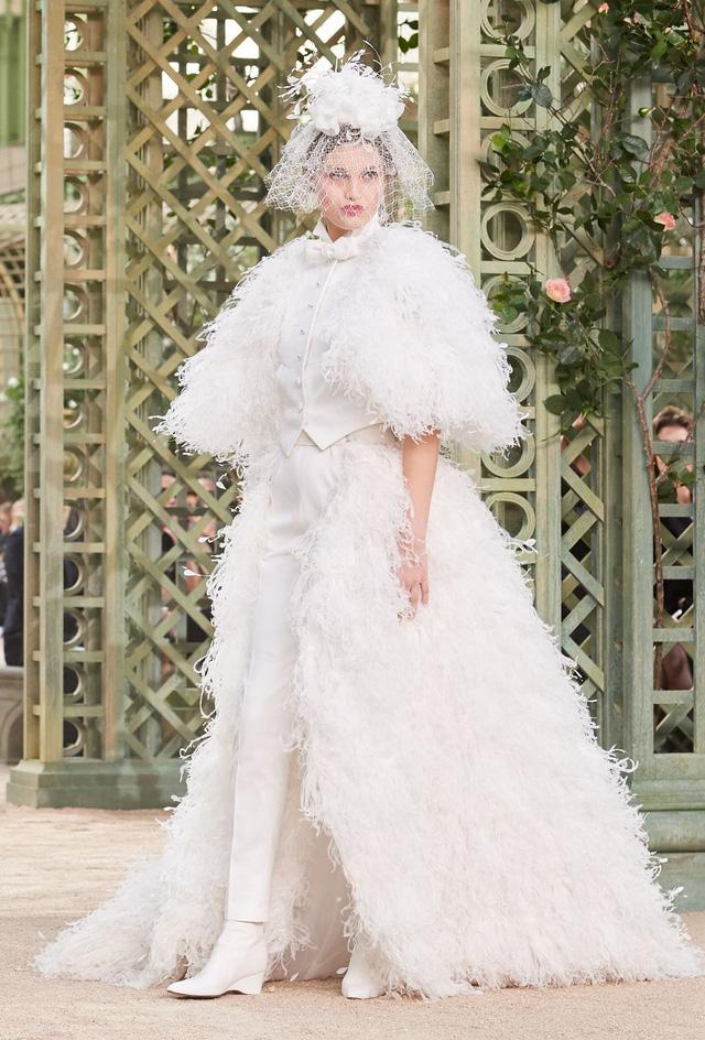 Những thiết kế độc nhất vô nhị tại Tuần lễ thời trang cao cấp Paris - Ảnh 12.