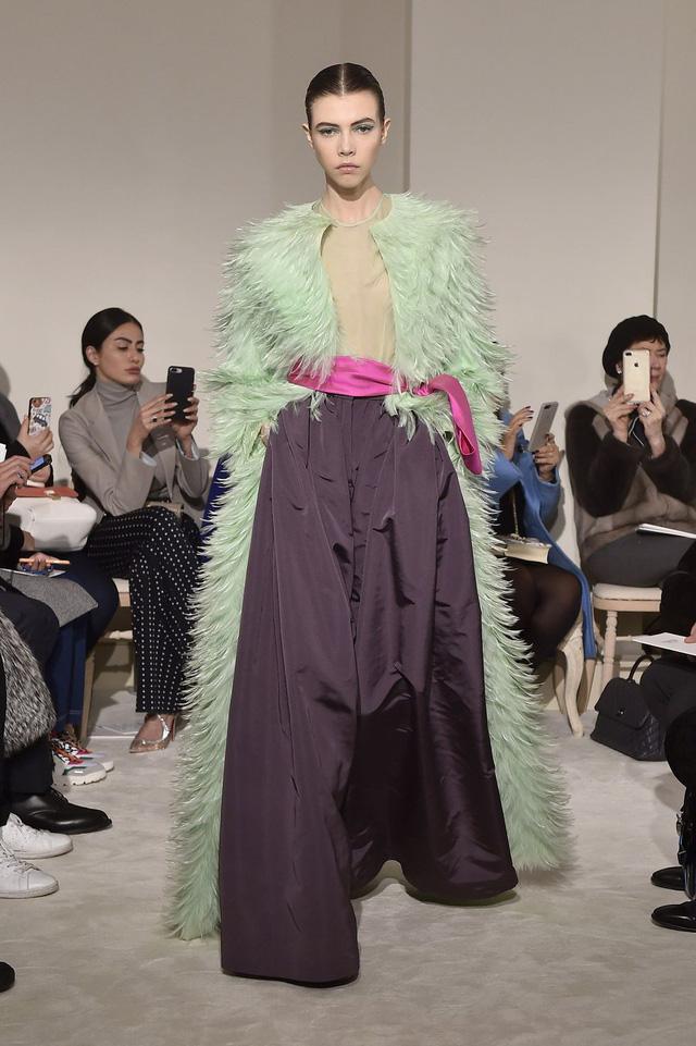 Những thiết kế độc nhất vô nhị tại Tuần lễ thời trang cao cấp Paris - Ảnh 6.