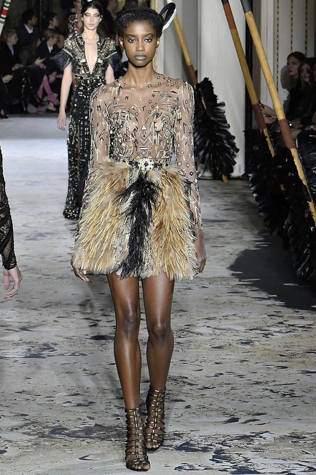 Những thiết kế độc nhất vô nhị tại Tuần lễ thời trang cao cấp Paris - Ảnh 2.