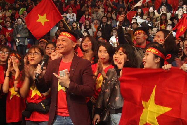 Bữa trưa vui vẻ bùng nổ với đại tiệc đón đội tuyển U23 Việt Nam