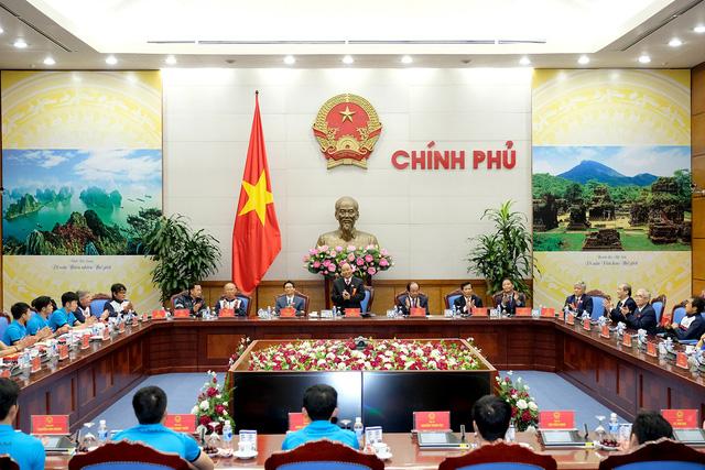 Thủ tướng Chính phủ Nguyễn Xuân Phúc gặp mặt ĐT U23 Việt Nam - Ảnh 1.