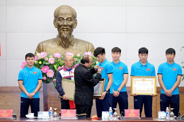 Thủ tướng Chính phủ Nguyễn Xuân Phúc gặp mặt ĐT U23 Việt Nam - Ảnh 6.