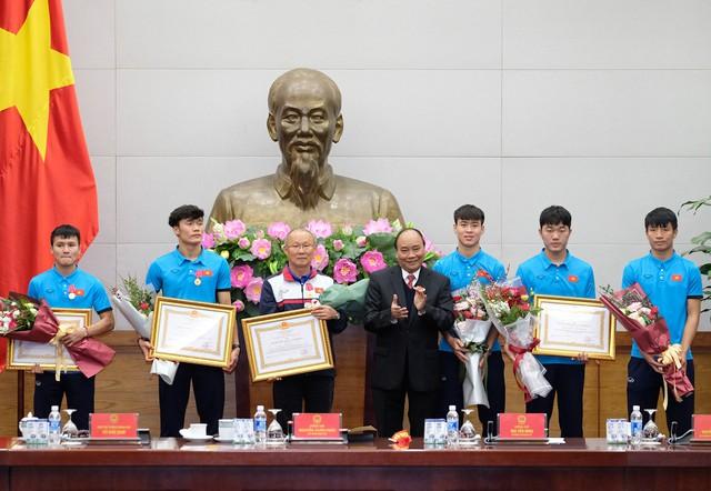 Thủ tướng Chính phủ Nguyễn Xuân Phúc gặp mặt ĐT U23 Việt Nam - Ảnh 7.
