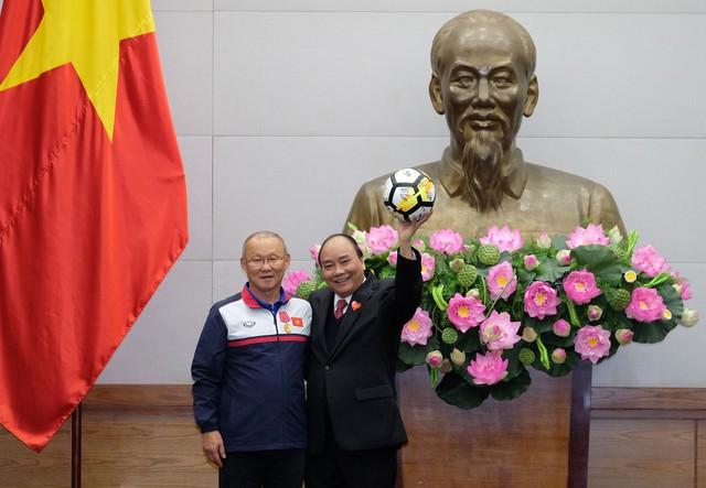 Thủ tướng Chính phủ Nguyễn Xuân Phúc gặp mặt ĐT U23 Việt Nam - Ảnh 8.