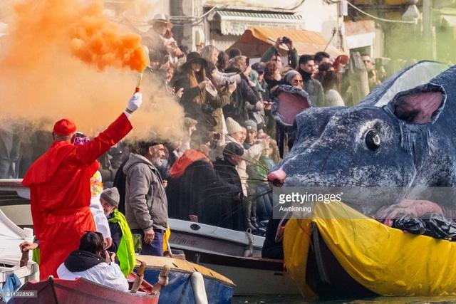 Ấn tượng lễ hội hóa trang Venice 2018 - Ảnh 3.