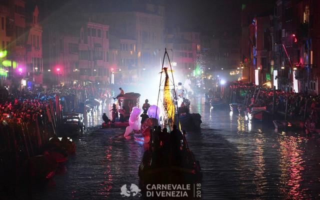 Ấn tượng lễ hội hóa trang Venice 2018 - Ảnh 9.