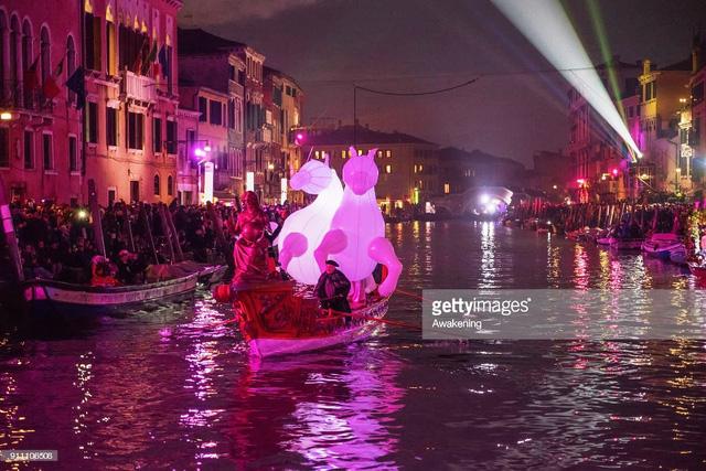 Ấn tượng lễ hội hóa trang Venice 2018 - Ảnh 1.
