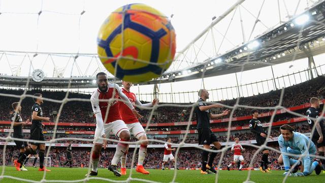 Trước vòng 25 Ngoại hạng Anh: Salah và Kane hướng tới kỷ lục - Ảnh 1.