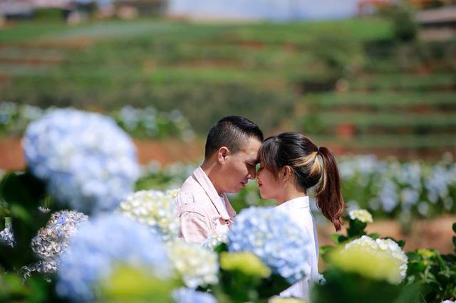 MC Hoàng Linh Chúng tôi là chiến sĩ tung ảnh cưới đẹp như mơ tại Đà Lạt - Ảnh 10.