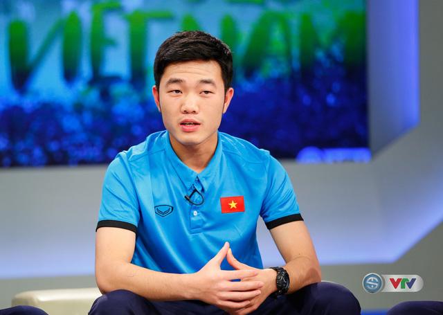 Vẻ nam tính và nụ cười đốn tim hàng triệu fan nữ của đội trưởng U23 Việt Nam, Lương Xuân Trường - Ảnh 2.