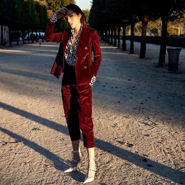 Ngắm gu thời trang cực chất của Hoa hậu Kỳ Duyên tại Pháp - Ảnh 11.