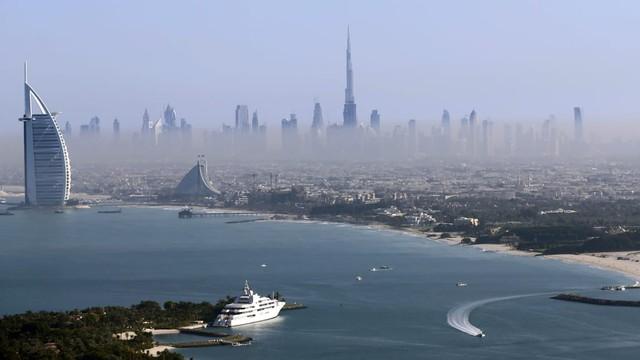 Kinh ngạc trước những con số kỷ lục của tòa tháp chọc trời giữa Dubai - Ảnh 6.
