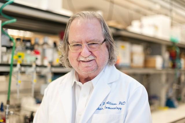 Giải Nobel Y học 2018 thuộc về nghiên cứu liệu pháp điều trị ung thư - Ảnh 1.