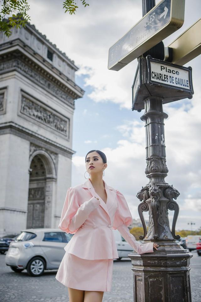Hoa hậu Tiểu Vy khoe trọn bộ ảnh đẹp say đắm tại Pháp - Ảnh 2.