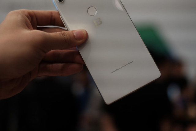 Cận cảnh bom tấn smartphone Bphone 3 của Bkav - Ảnh 8.
